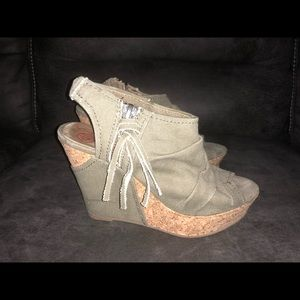 army green wedges size 6